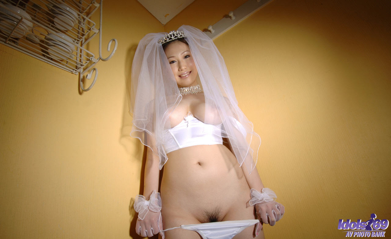 Эротика невесты под юбкой 4 фотография
