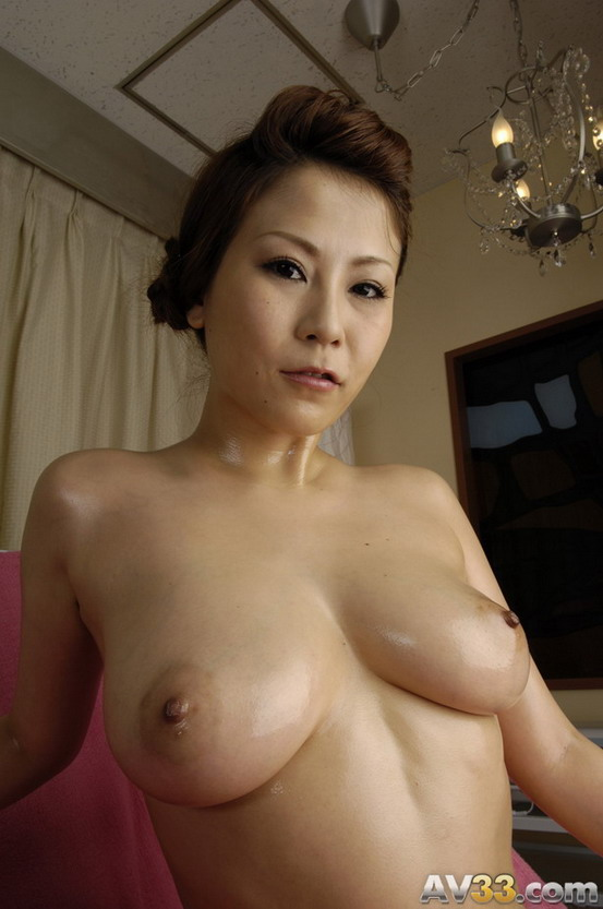 japanese-naked-mature-tubes-sex-parties-a-wild-party