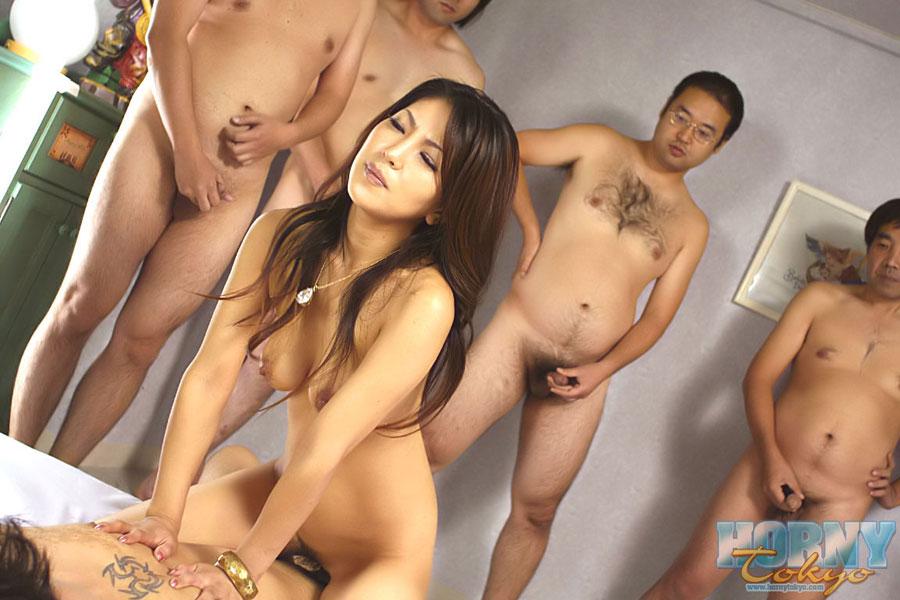 Порно азиатки лесби ногами тихо