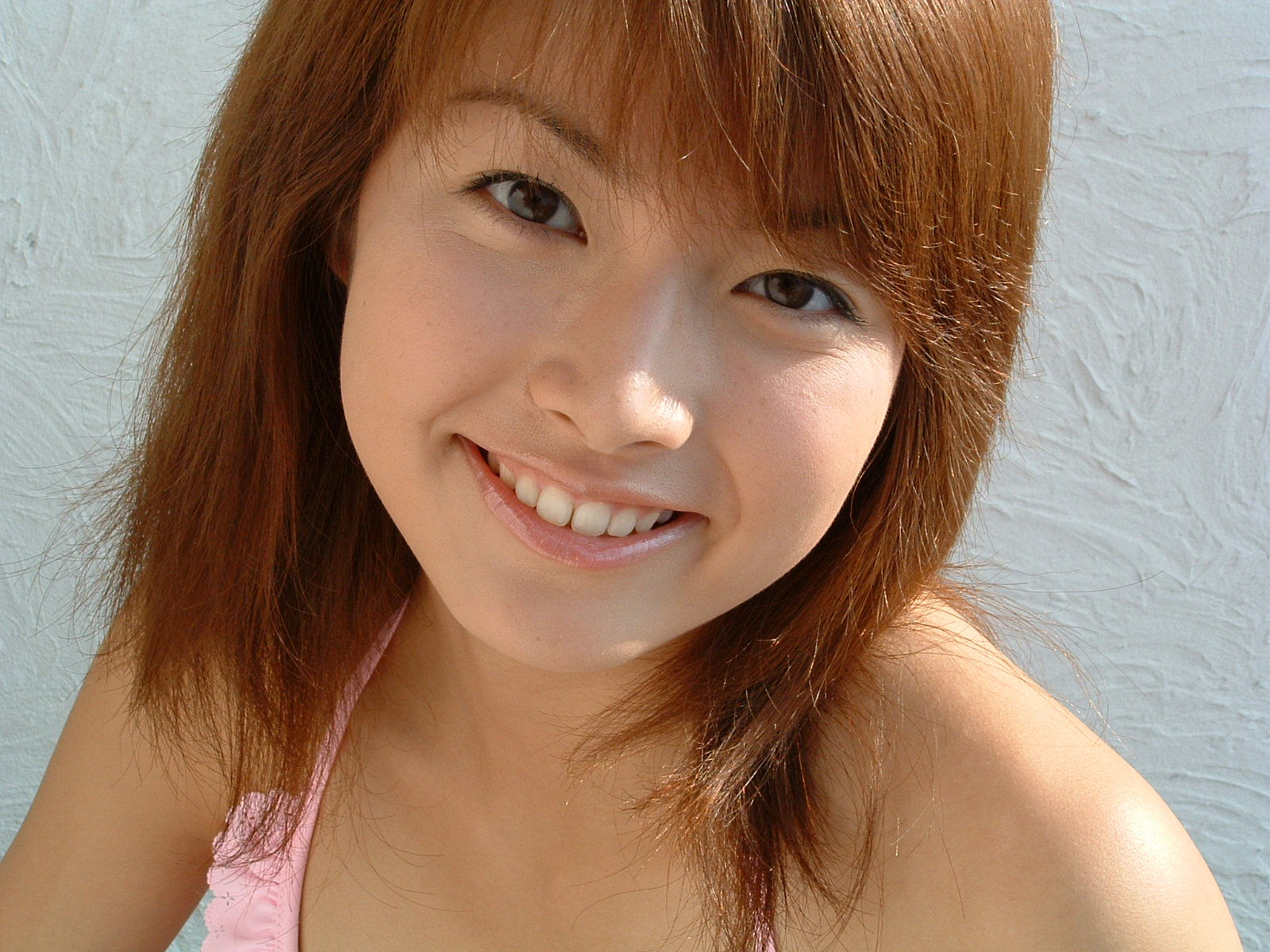 happy-japanese-teen
