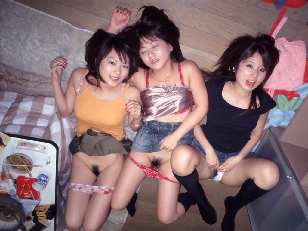 Japanese groups nude girls