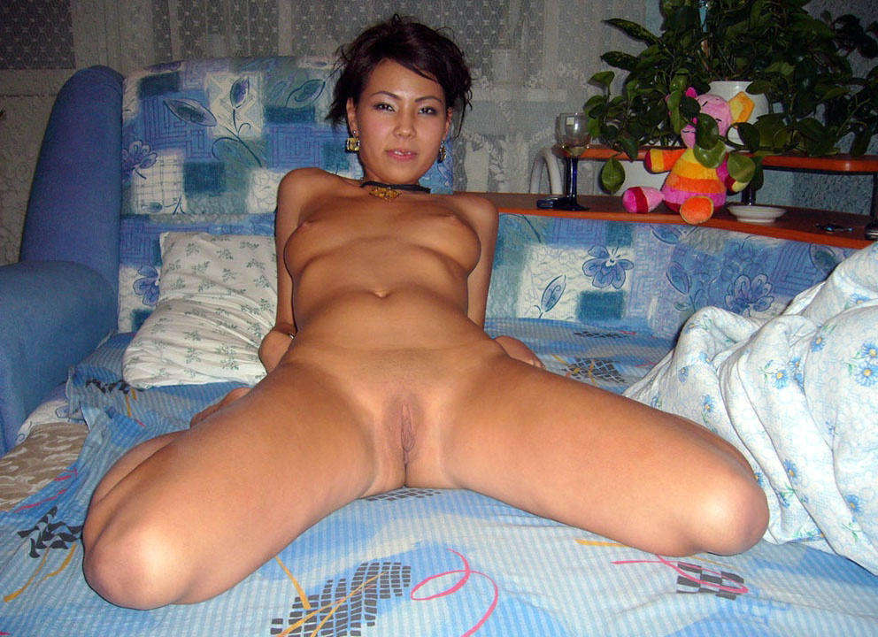 Ladys totally nude asians