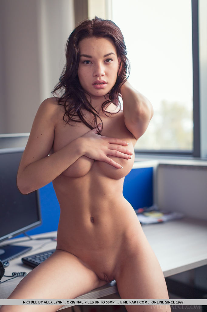 This Women banging hot sexy nude