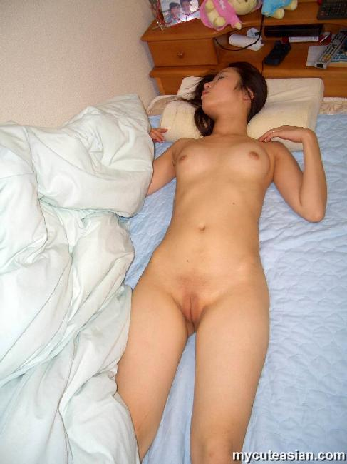 Shaved japanese pussy assured