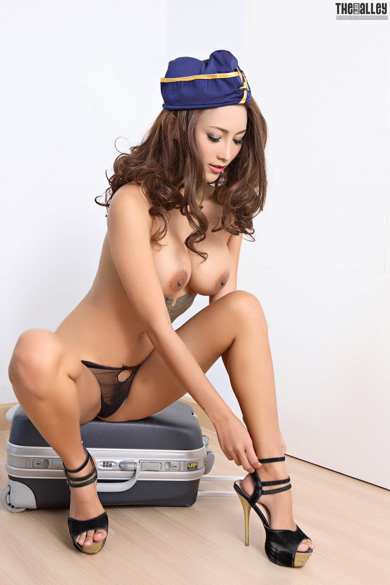 The Black Alley Naked Model Ramita At Tokyo Teenies Free -9087