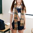 Nao Shiraishi schoolgirl masturbating - image control.gallery.php