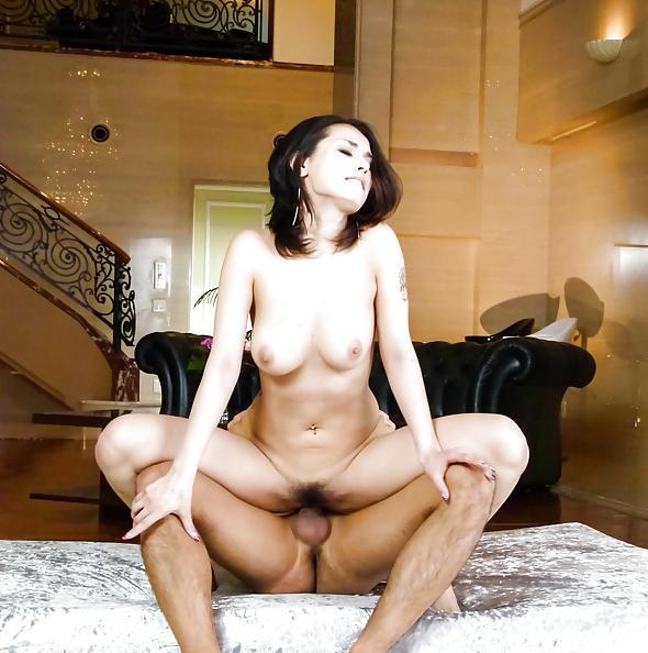 Maria Ozawa lingerie & uncensored sex pics