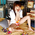 Akiho Yoshizawa removes her tomboy panties - image control.gallery.php