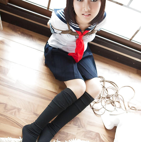 Japanese schoolgirl Shiryl in bondage