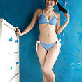 Gravure idol Hikari Yamaguchi side ponytail & bikini - image control.gallery.php