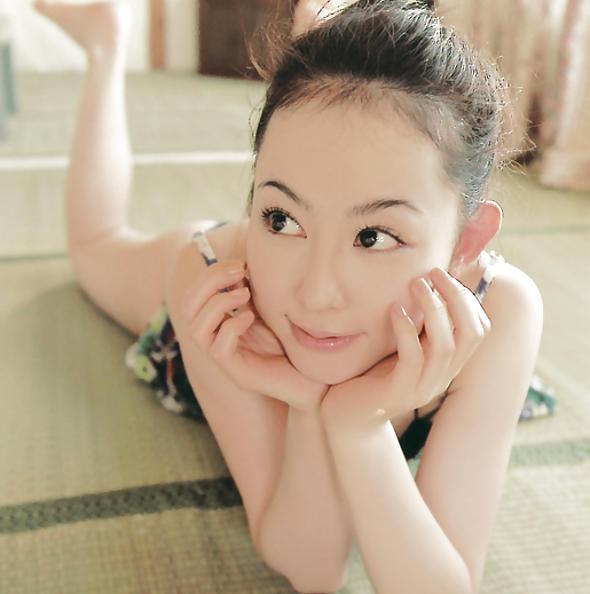 Rina Akiyama cute japanese girl pics